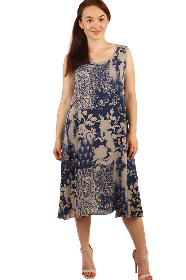 9d10d36780a3 Volné šaty s květinovým vzorem - i pro plnoštíhlé