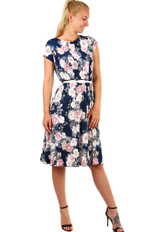 8a7ccc764abf Dámské kytičkované retro šaty- pro plnoštíhlé