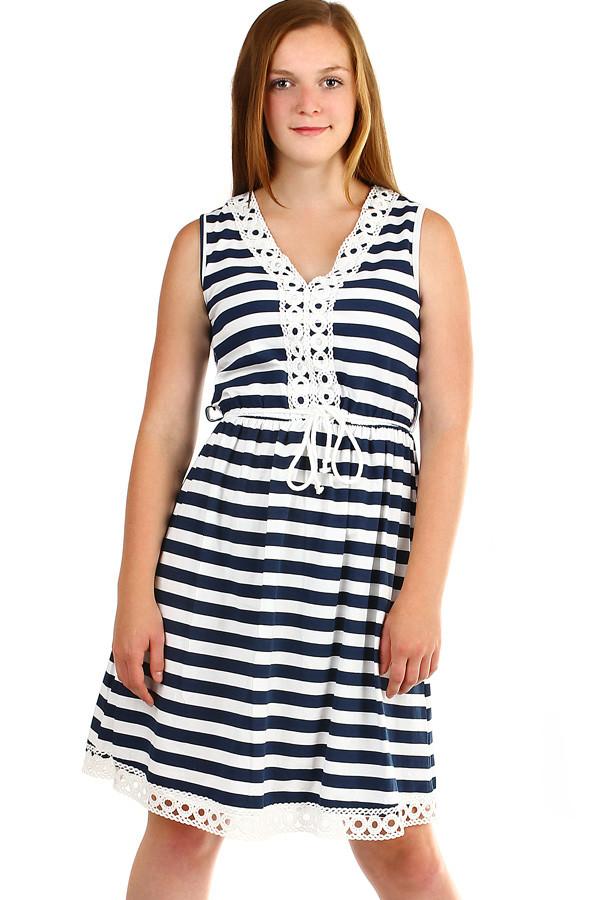 Krátké dámské pruhované šaty s výšivkou 2e062ace06