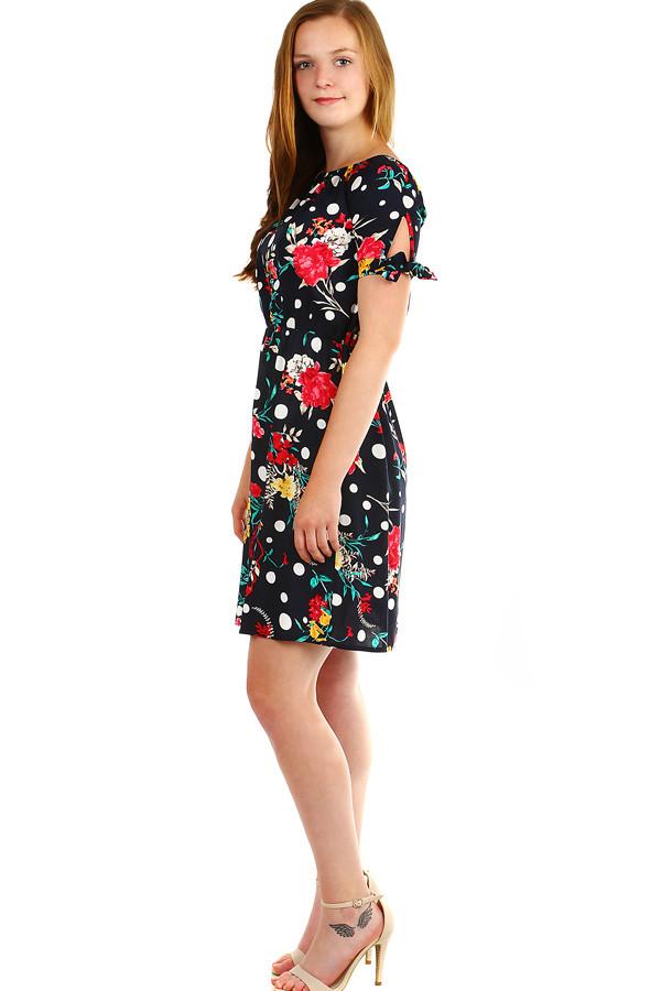 40a49fc7cc4 Dámské krátké letní šaty s potiskem
