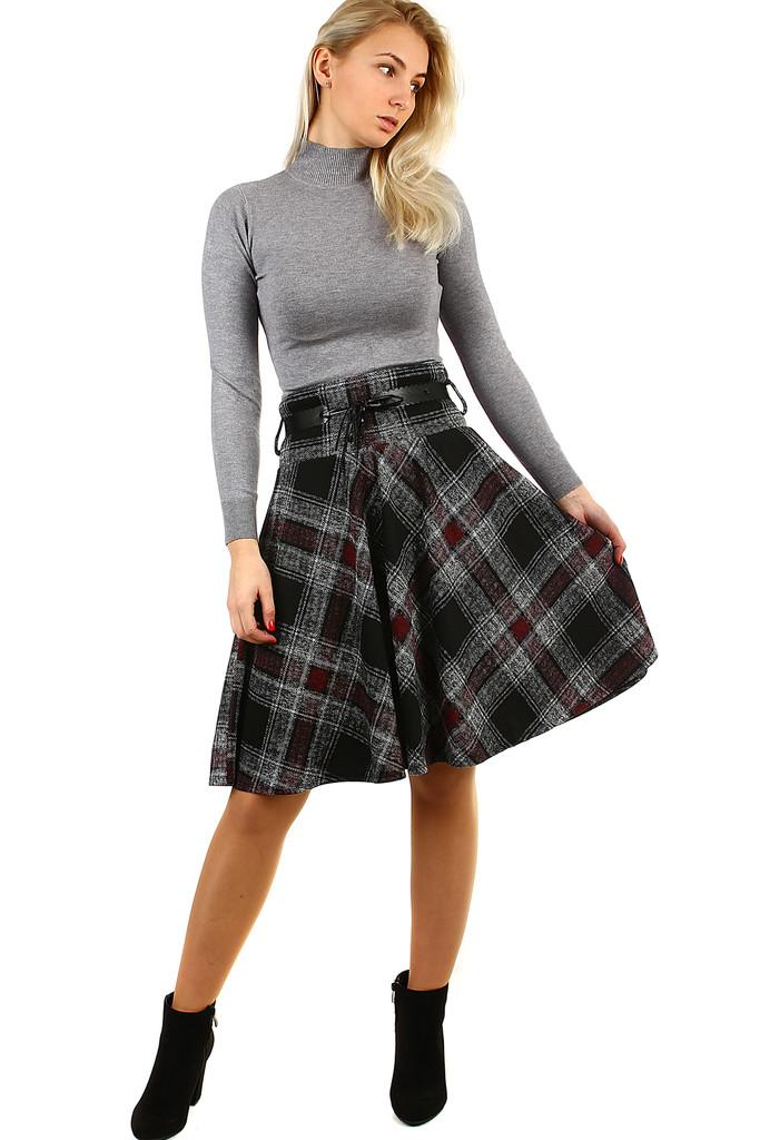 77e210444338 Károvaná dámská úpletová sukně