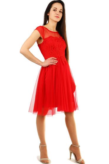 Společenské krajkové šaty s tylovou sukní 9276ad7b3d
