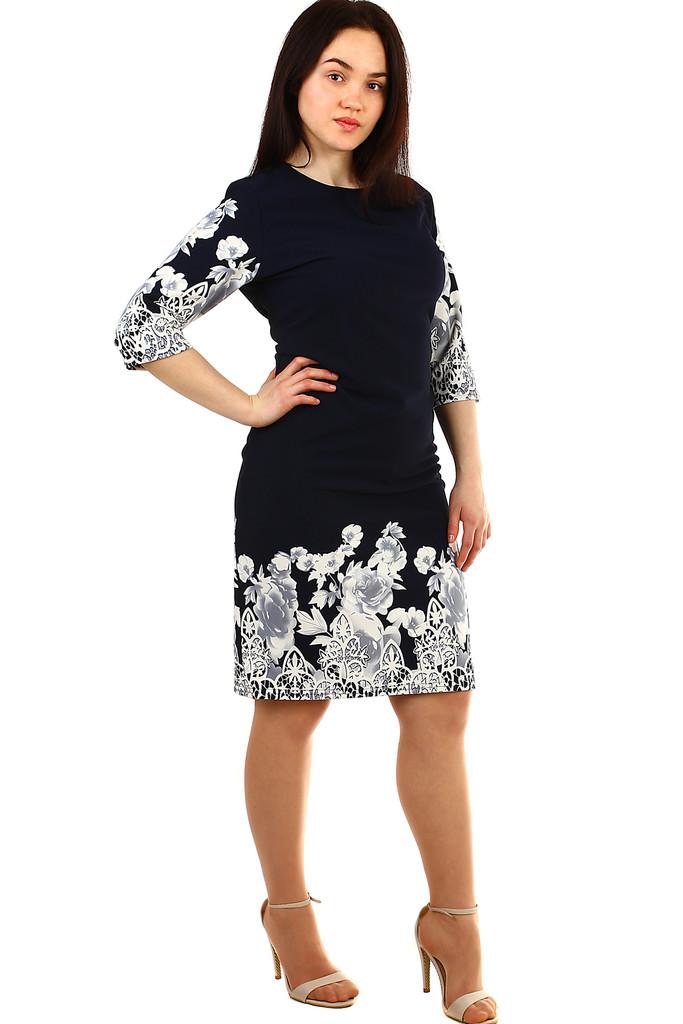 6acd114e4a75 Dámské květinové šaty pro plnoštíhlé