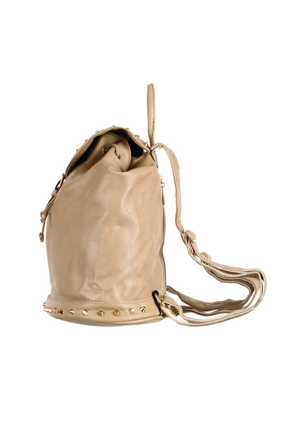 Dámský městský koženkový batoh se zlatými cvočky f7e512d7ba