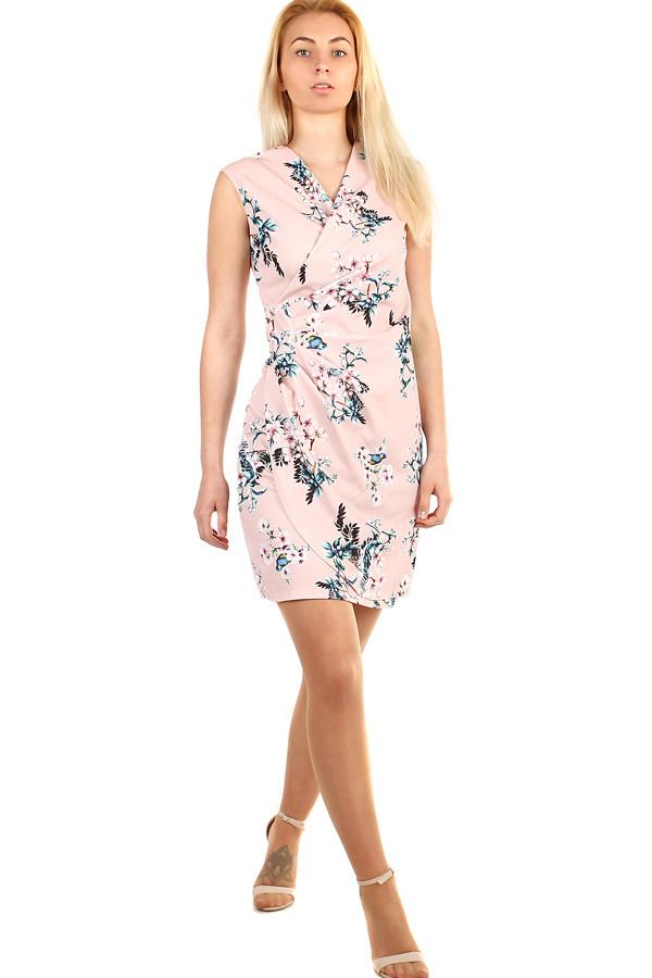 98a3e90b9504 Dámské květované šaty - zavinovací efekt