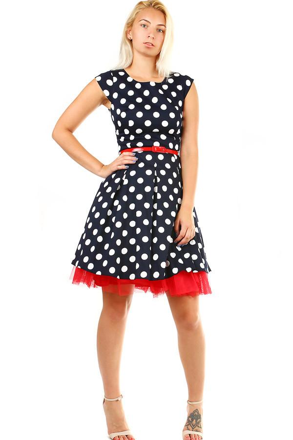 23319b205718 Áčkové šaty s puntíky